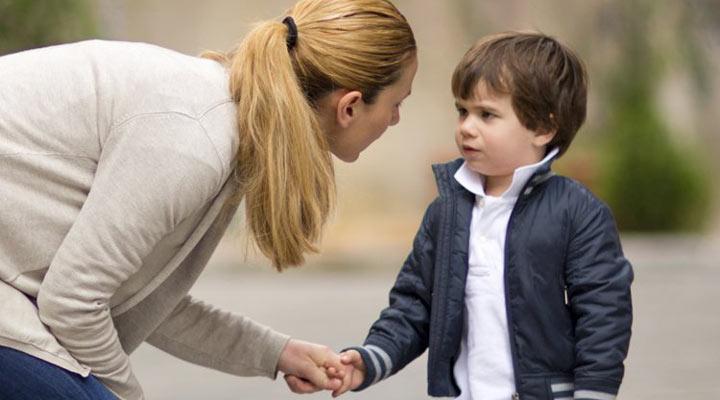 با کودکتان ارتباط نزدیک برقرار کنید