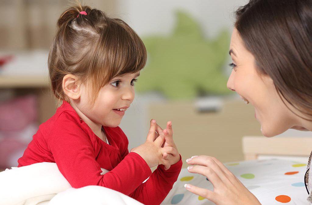 آموزش مسائل جنسی به کودکان از طریق گفتوگو